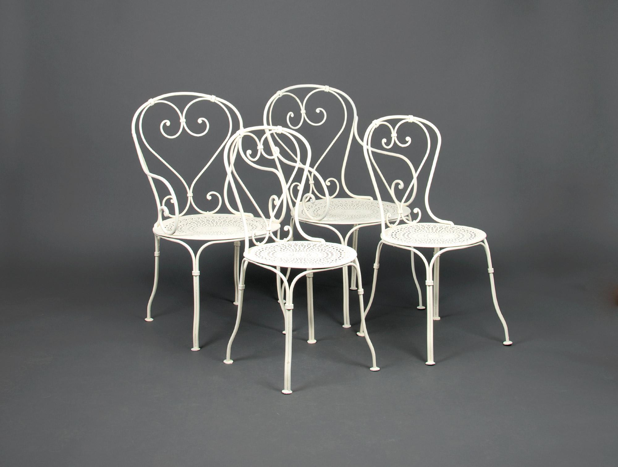 salon de jardin en fer forg blanc soubrier louer si ges salon xxe. Black Bedroom Furniture Sets. Home Design Ideas