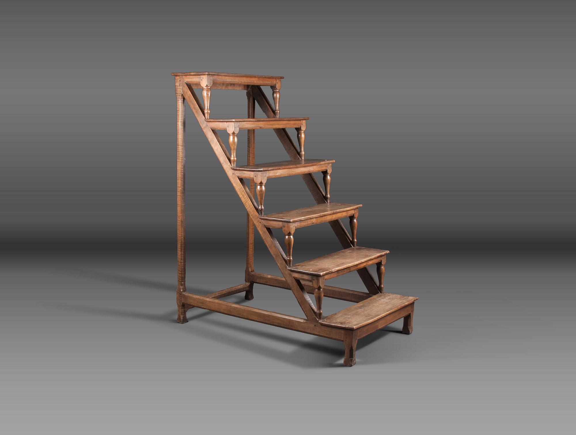 escabeau de biblioth que soubrier louer mobiliers. Black Bedroom Furniture Sets. Home Design Ideas