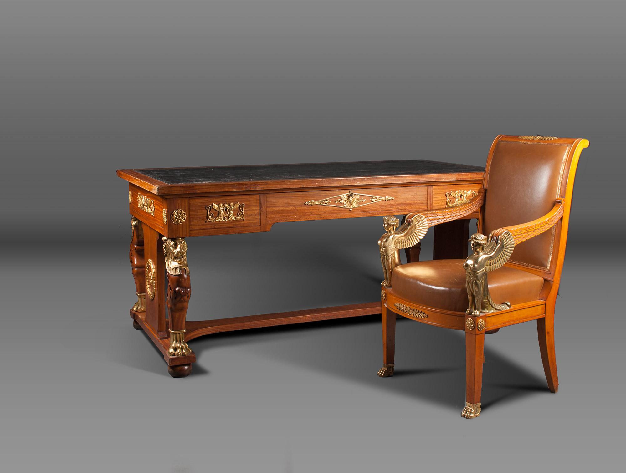 bureau empire en citronnier soubrier louer tables. Black Bedroom Furniture Sets. Home Design Ideas