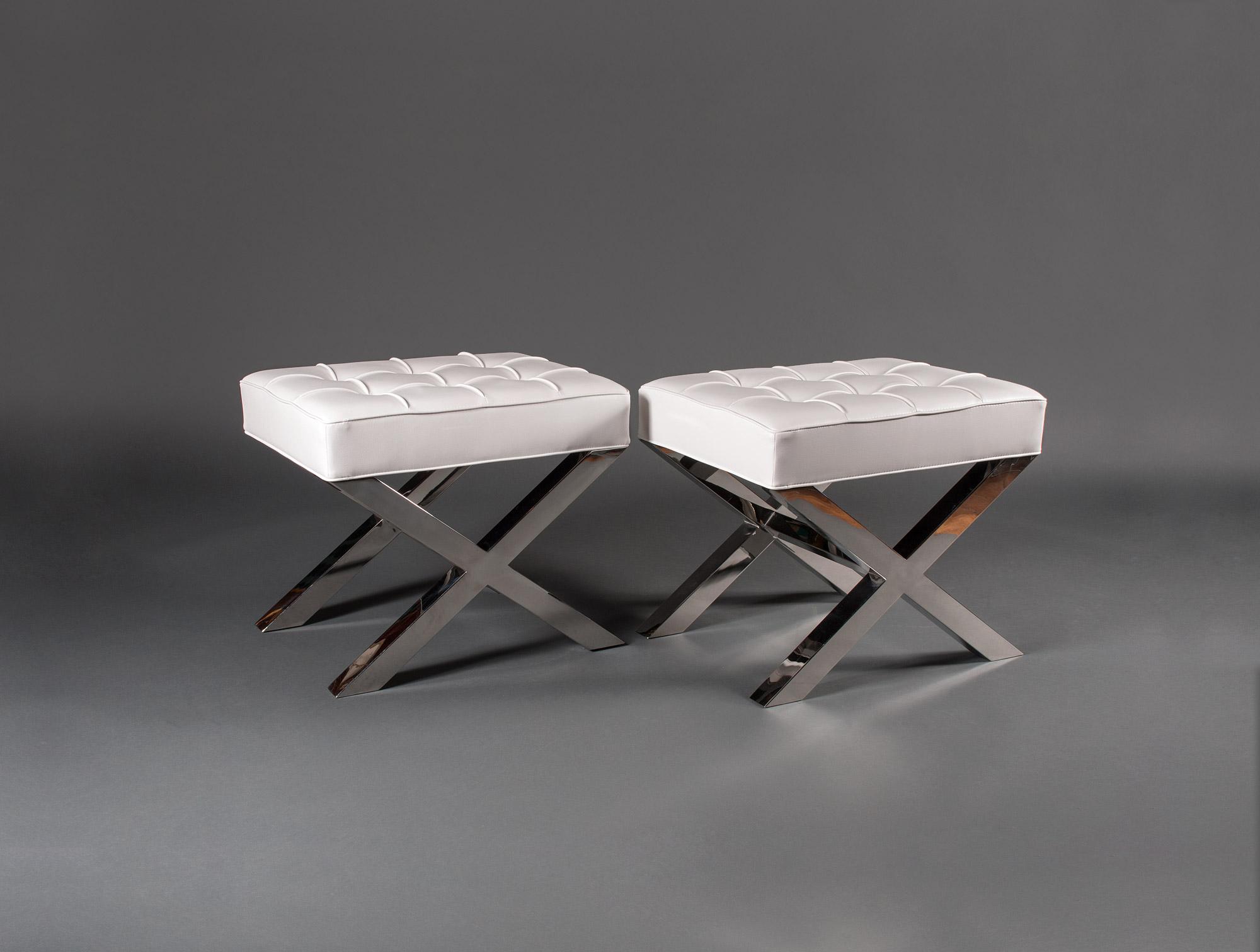 tabourets moderne soubrier louer si ges tabouret. Black Bedroom Furniture Sets. Home Design Ideas