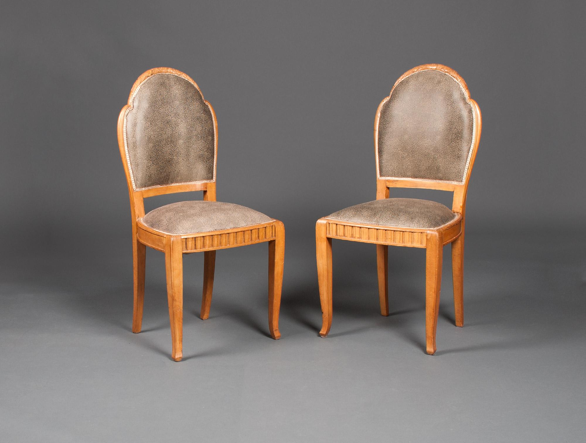 salon art d co tissu galuchat soubrier louer si ges salon art d co. Black Bedroom Furniture Sets. Home Design Ideas