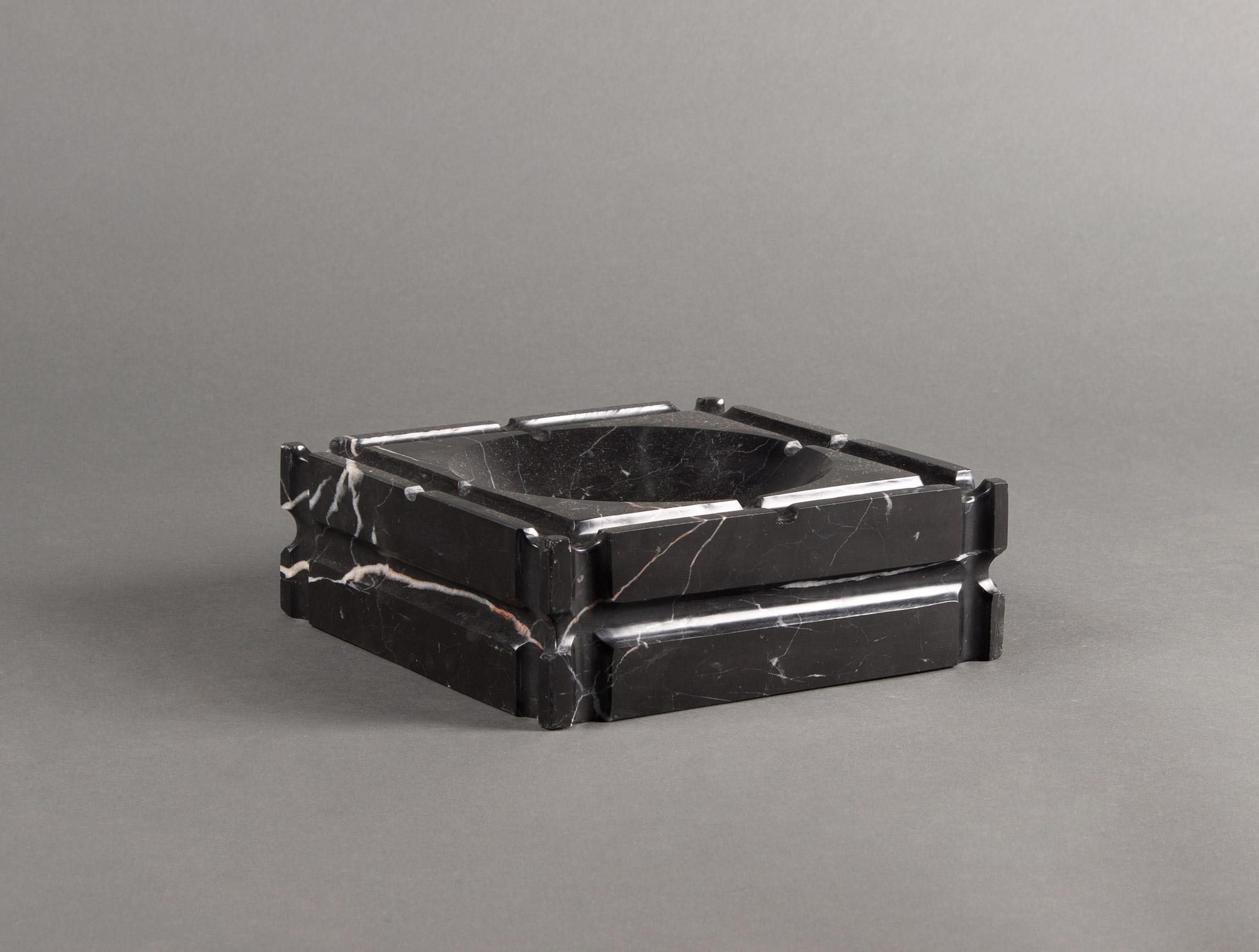 Cendrier en marbre noir soubrier louer accessoires acc. de bureau