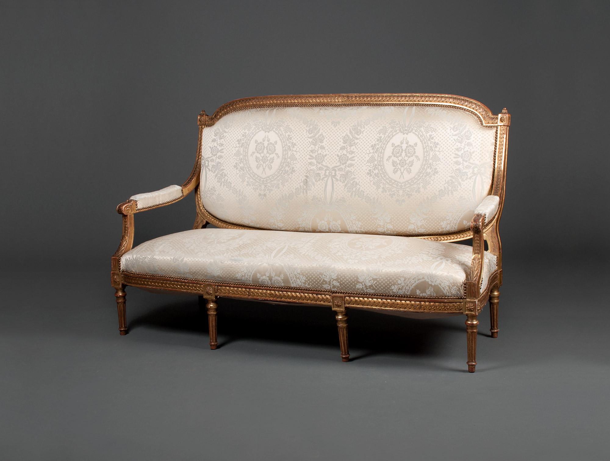 canap louis xvi soubrier louer si ges canap xviiie. Black Bedroom Furniture Sets. Home Design Ideas