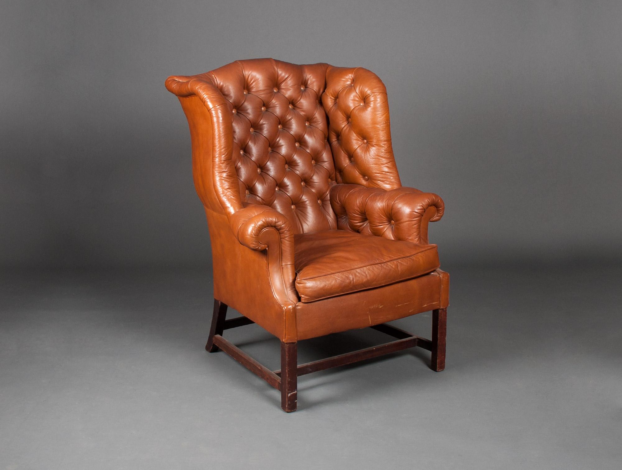fauteuil anglais en cuir soubrier louer si ges fauteuil xixe. Black Bedroom Furniture Sets. Home Design Ideas
