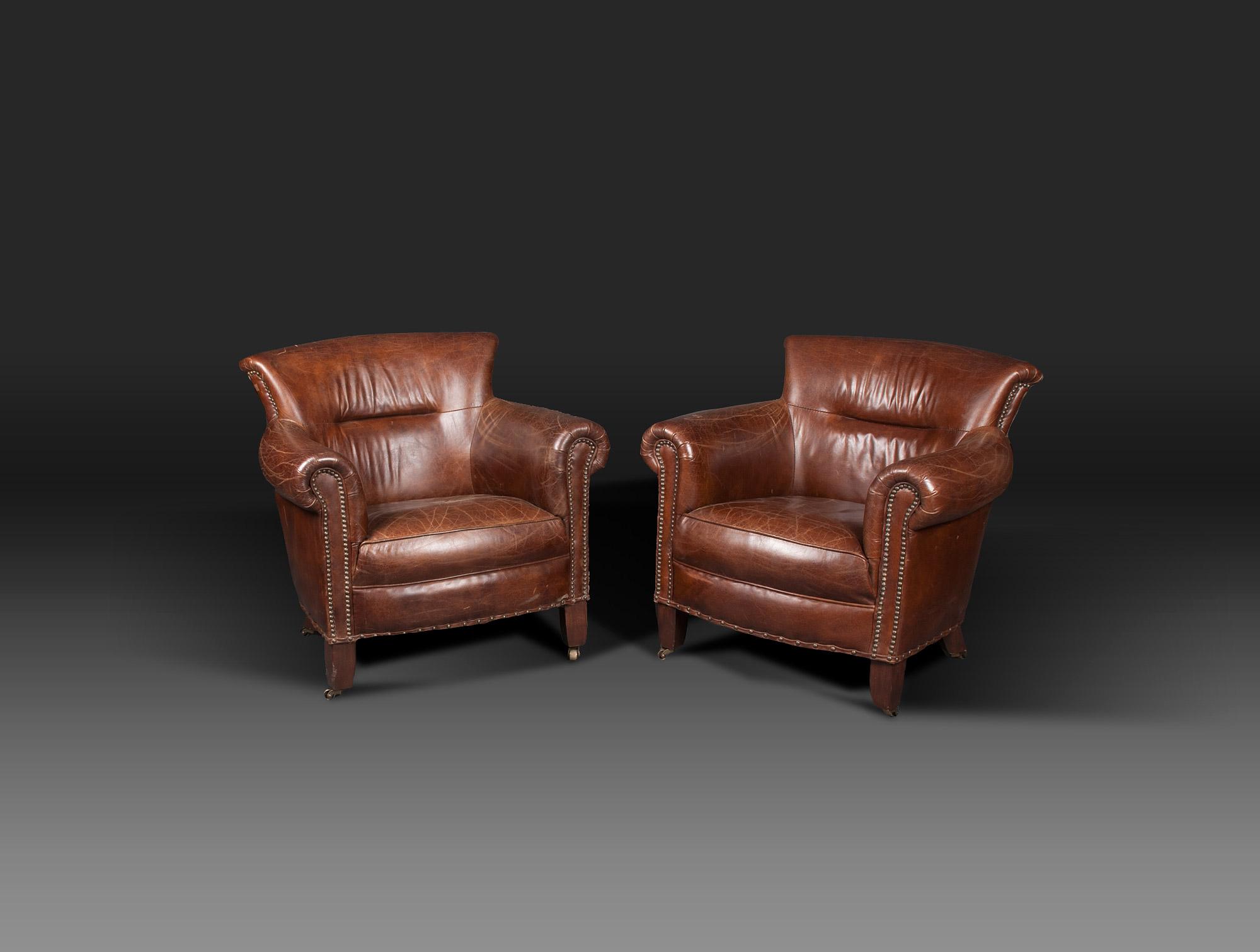 fauteuils confortables cuir soubrier louer si ges fauteuil ann es 1940. Black Bedroom Furniture Sets. Home Design Ideas