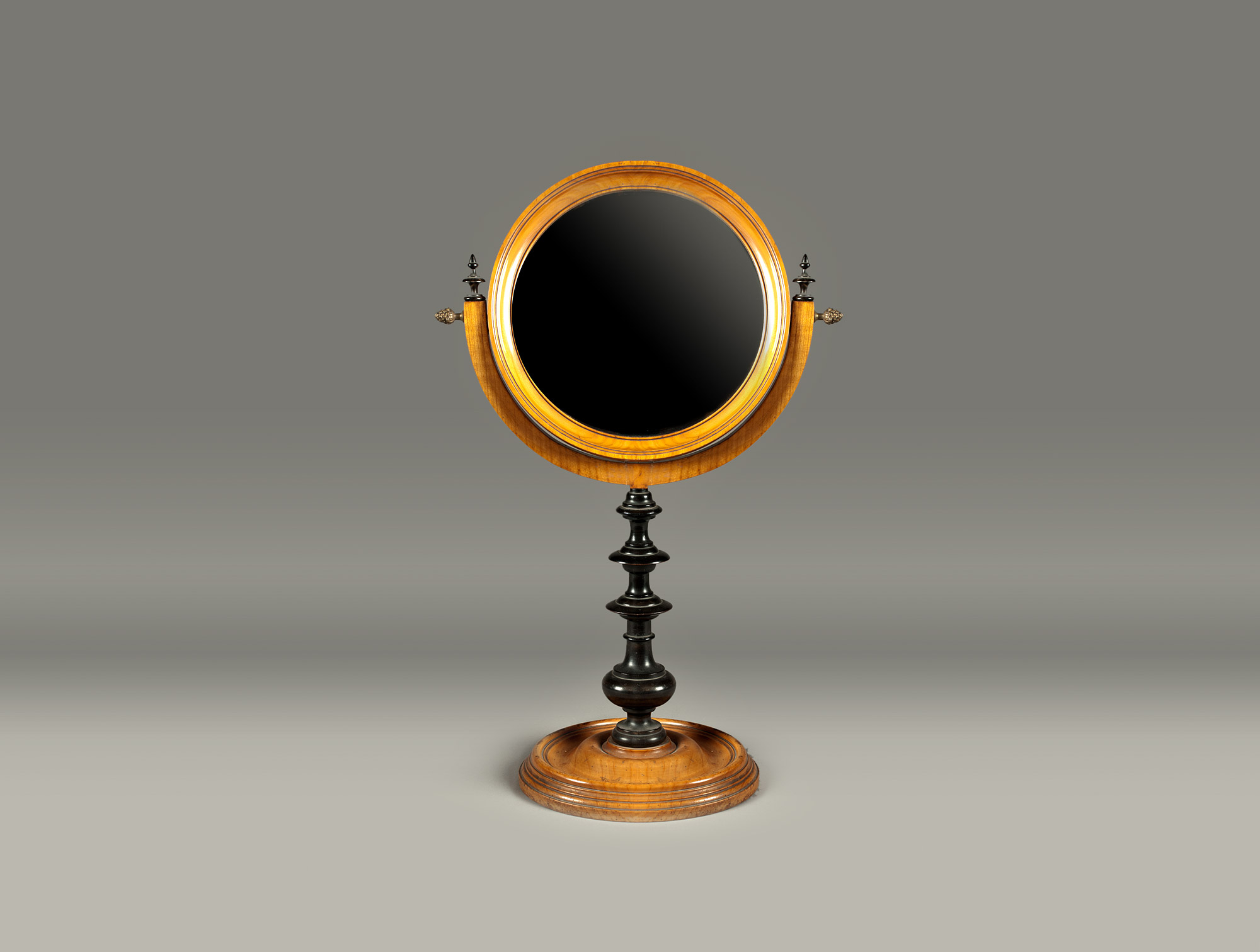 Miroir sur pied en bois clair soubrier louer mobiliers for Miroir sur pied en bois