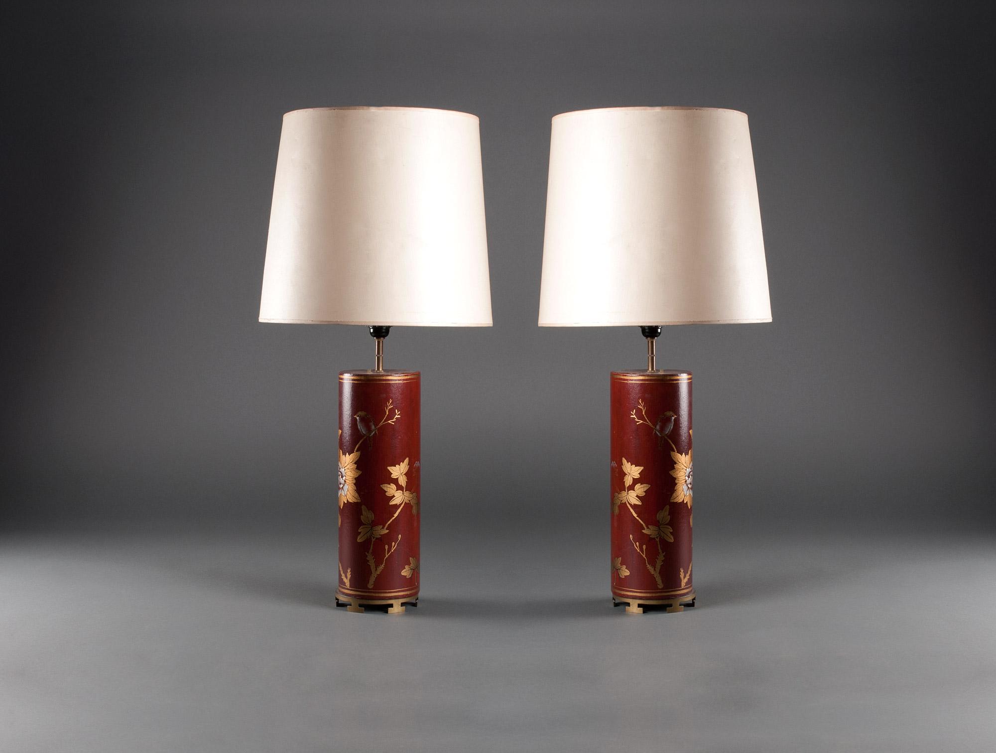 paire de lampes asiatiques soubrier louer luminaires lampe xxe. Black Bedroom Furniture Sets. Home Design Ideas