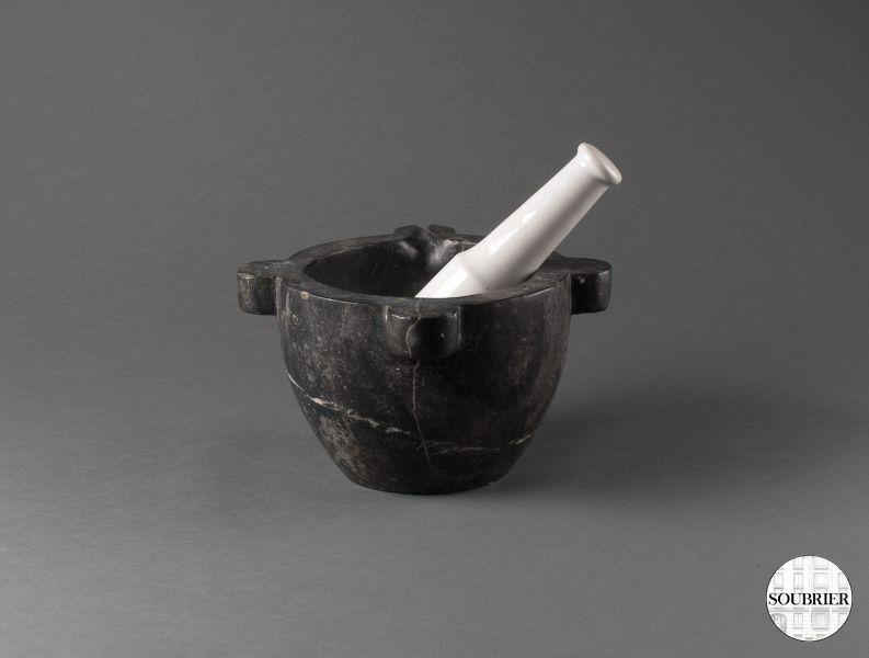 mortier en marbre noir soubrier louer accessoires cuisine xxe. Black Bedroom Furniture Sets. Home Design Ideas