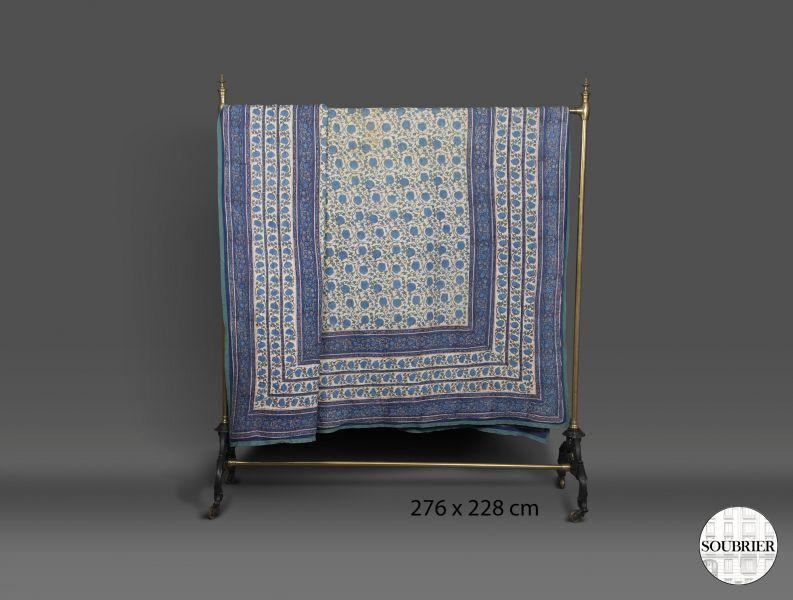 dessus de lit bleu soubrier louer tissus dessus de lit xxe. Black Bedroom Furniture Sets. Home Design Ideas
