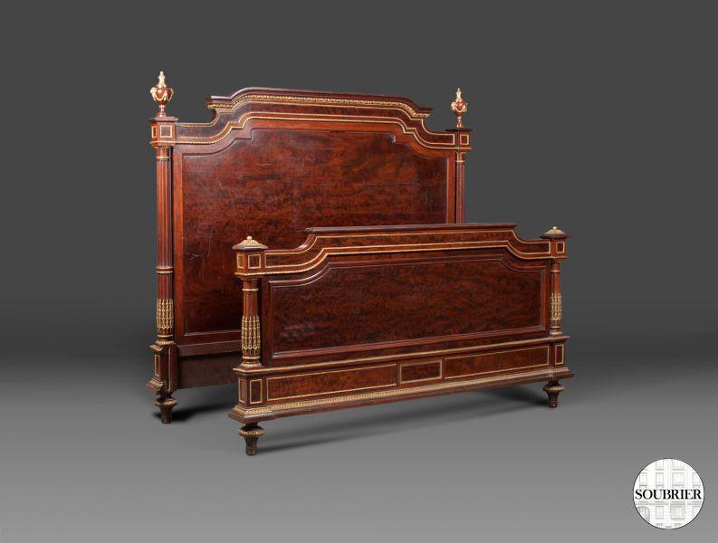 lit en acajou style louis xvi soubrier louer mobiliers lit xviiie. Black Bedroom Furniture Sets. Home Design Ideas