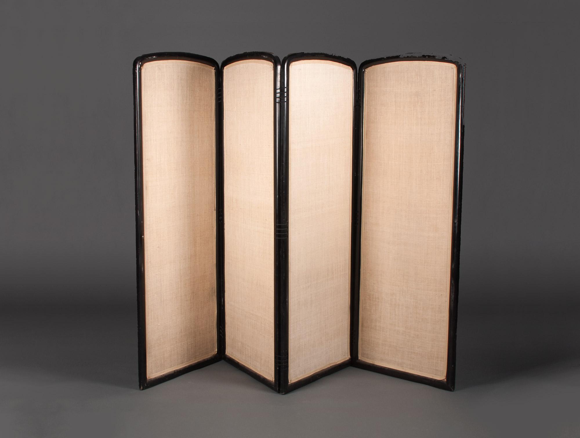 paravent en soie beige soubrier louer mobiliers paravent contemporain. Black Bedroom Furniture Sets. Home Design Ideas