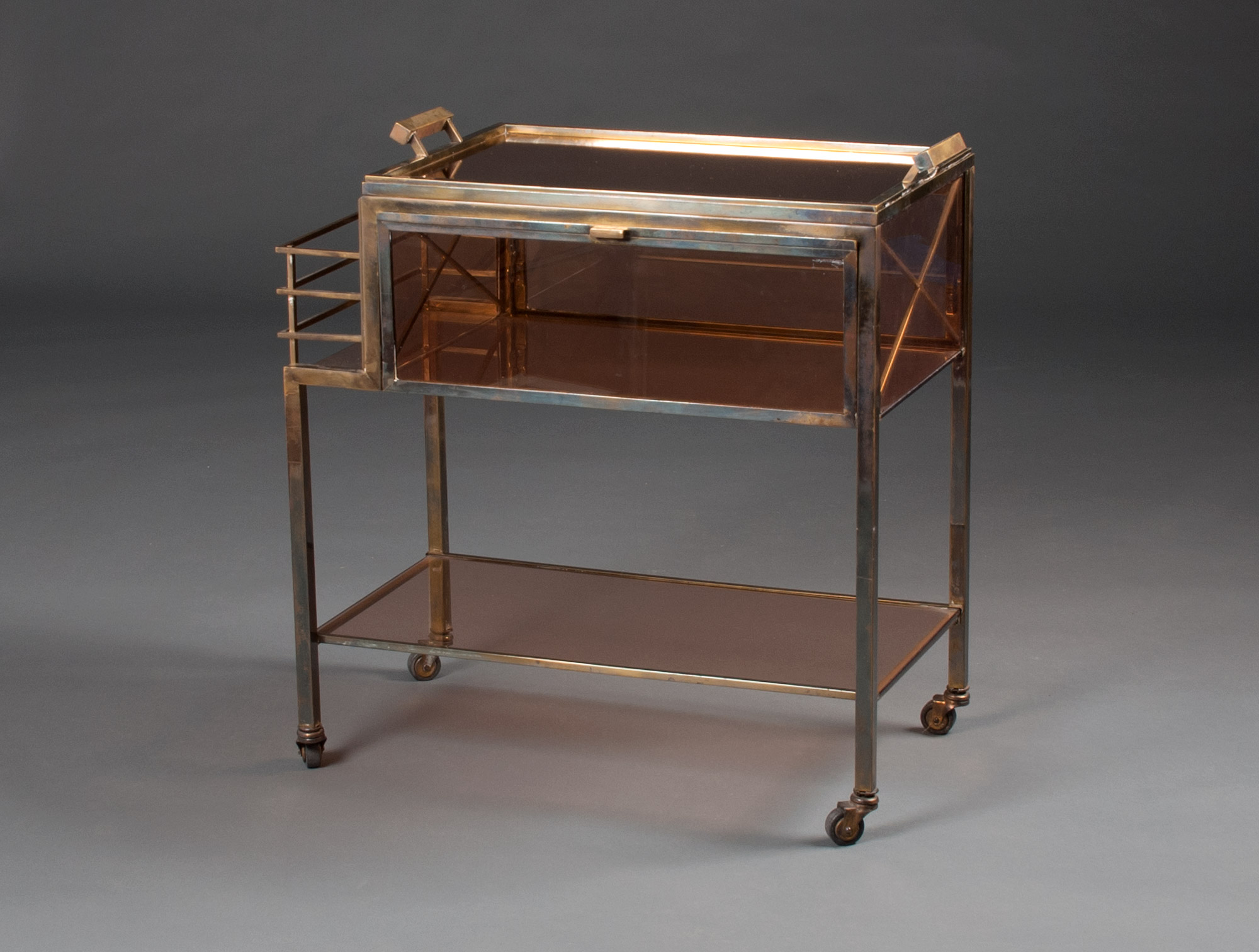 table roulante 1930 soubrier louer tables bureaux table roulante art d co. Black Bedroom Furniture Sets. Home Design Ideas